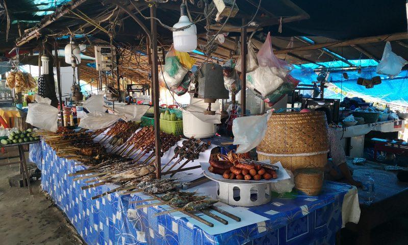 Kuchnia Laosu: Loatańska kiełbasa i suszone ryby