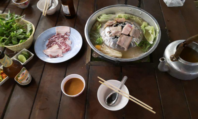 (Przy)smaki Laosu: Hot Pot - laotańskie barbecue.