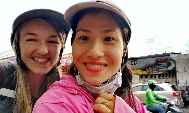 Wolontariat w Wietnamie - jazda skuterem w Wietnamie. Wycieczki skuterem po Hanoi