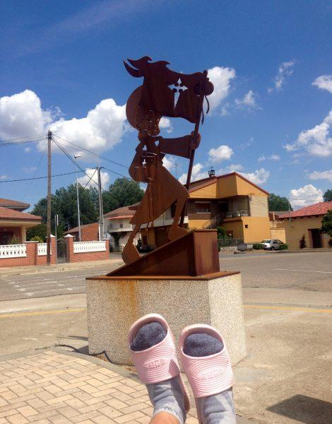 Z Leon do Santiago de Compostela - buty na szlaku świętego Jakuba (Camino shoes). Stopy na Camino.