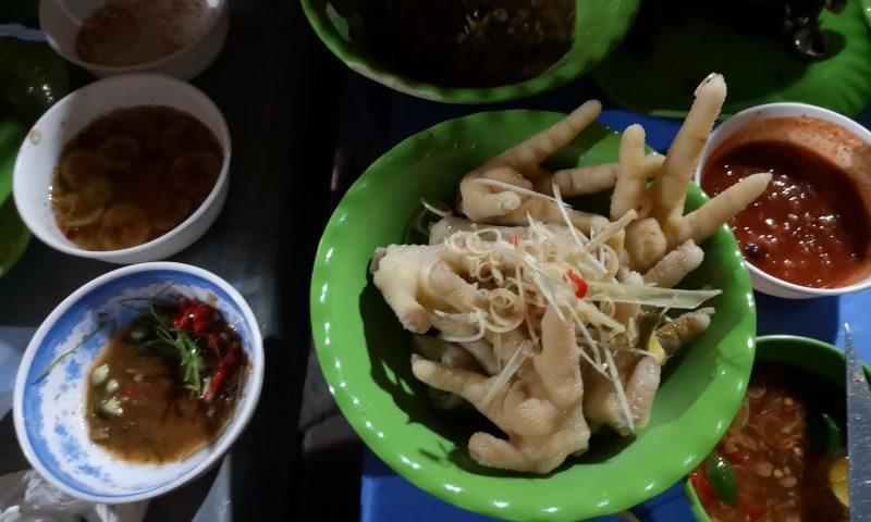 Mniej znane atrakcje Hanoi. Kurze łapki- jedzenie w Wietnamie. Hanoi Street Food