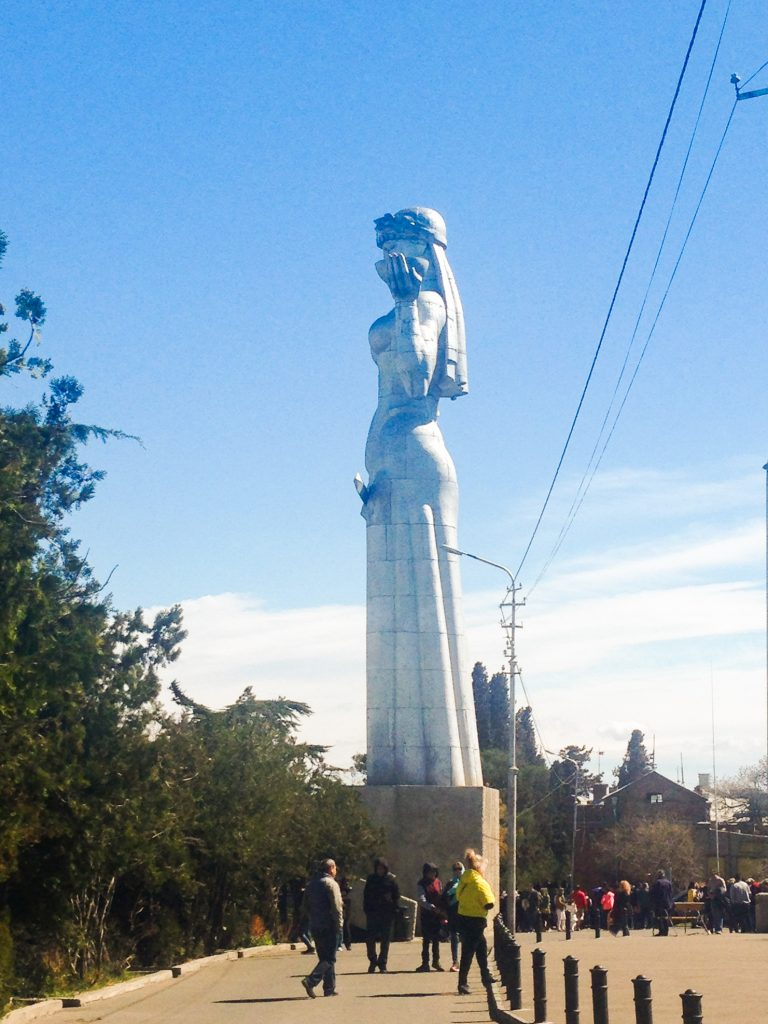 Co zobaczyć w Tbilisi? - Statua - Matka Gruzja