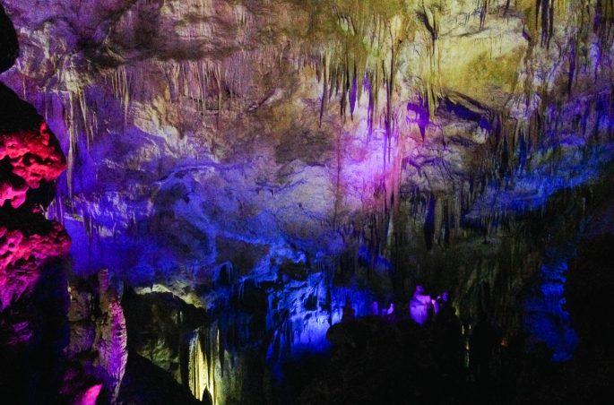 Najpiękniejsze jaskinie na świecie - Jaskinia Prometeusza w Kutaisi