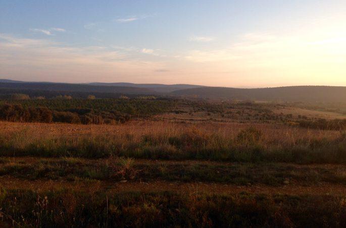 Zachód słońca w Hiszpanii na Camino de Santiago - droga do Santiago de Compostela
