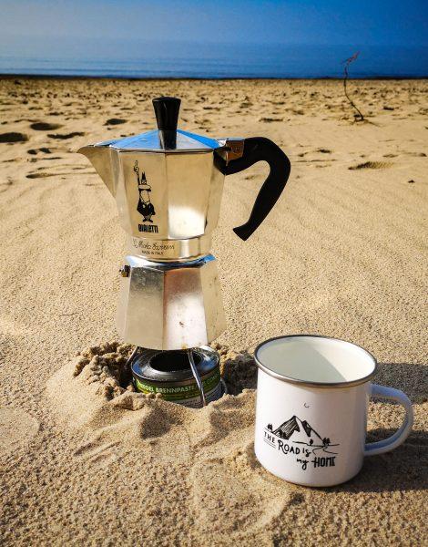 Co zabrać pod namiot? Makinetka, kawiarka, kafetierka, zaparzacz do kawy - najlepsza kawa