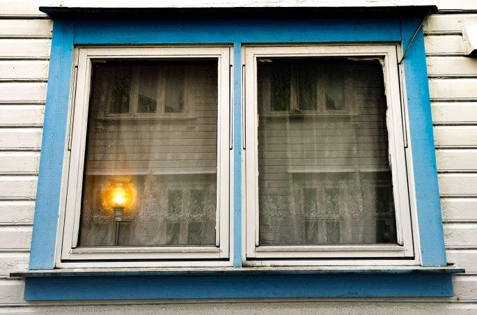 Gamle - dzielnica białych domków w Stavanger. White house in Stavanger - Gamle