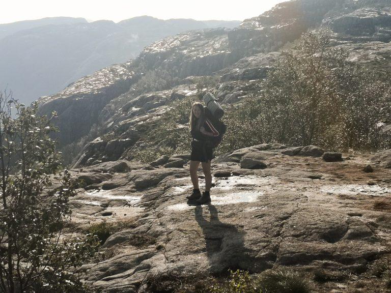 Samotna podróż do Norwegii - Viola and the World - alone with tent - backpacking
