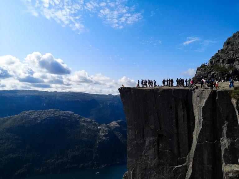 Widok na Pulpit Rock - ambona skalna w Norwegii.