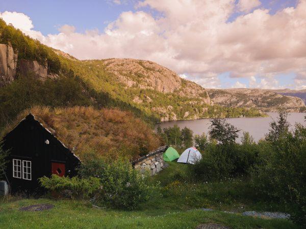 Norwegia pod namiotem - Preikestolen