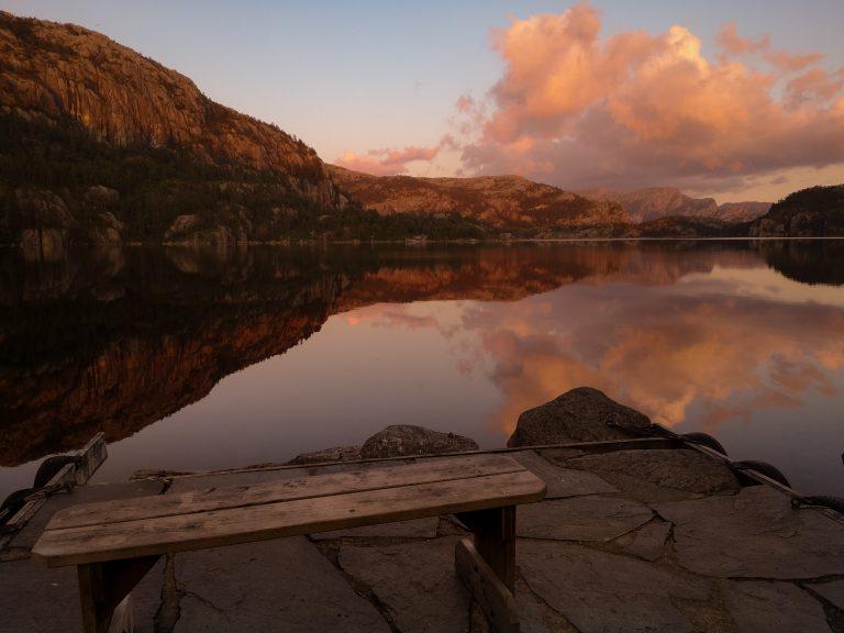 Revsvatnet lake. Preikestolen to nie tylko Pulpit Rock - okolice Preiekstolen