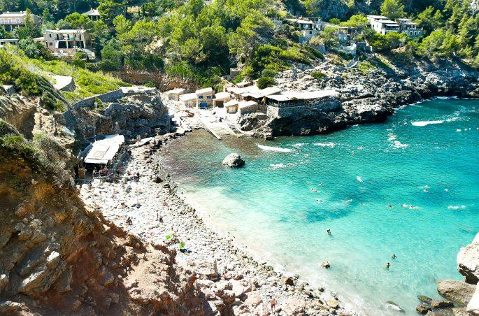 Plaża Cala de Deia - Mallorca und die schönste Strände Mallorcas