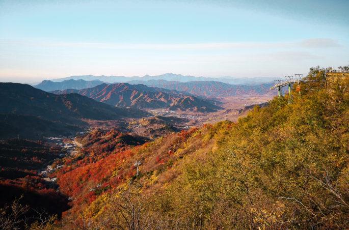 Widok na góry Yan Shan. Wielki Mur Chiński. Co zobaczyć w Pekinie w 15 godzin?