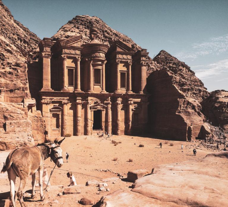 Ad-Dajr (Klasztor) w Petrze. Co zobaczyć w Petrze? Ile kosztuje Jordania?