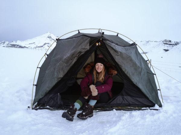 Co spakować na Islandię? Zimą pod namiotem. Camping in Iceland. Viola and the World