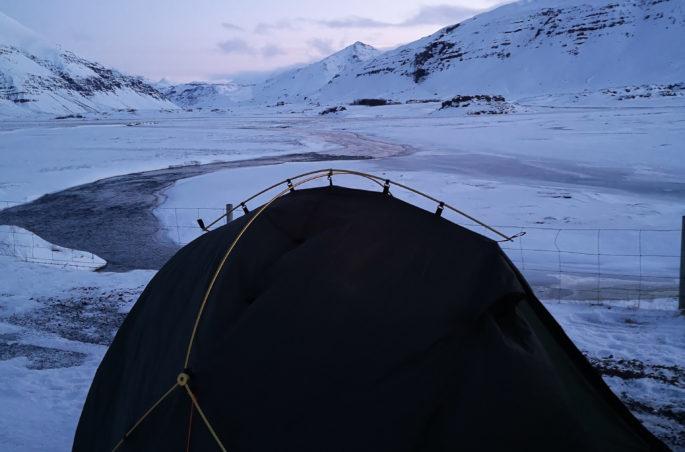 islandia-pod-namiotem