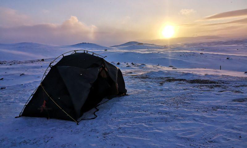 Zimowa Islandia pod namiotem-organizacja. Jak przygotować się na wyjazd pod namiot zimą? Islandia w marcu