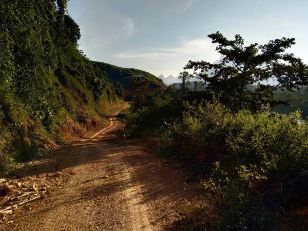 Nong Khaiw village. Lao. Co zobaczyć w Laosie? Laos - nieznane wioski Nong Khiaw
