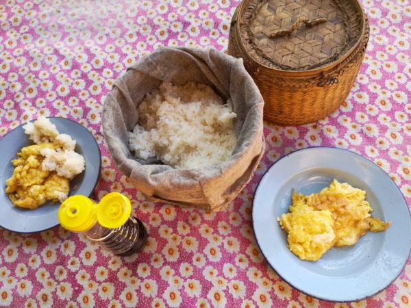 Jedzenie w Laosie. Lepki ryż. Lao food. Co zjeść w Laosie? Sticky rice
