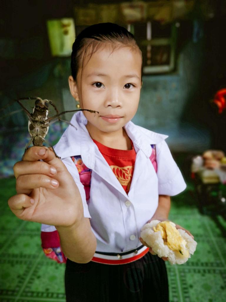 Dziewczyna z Laosu. Dzieci Laosu. Lao children. Nong Khiaw