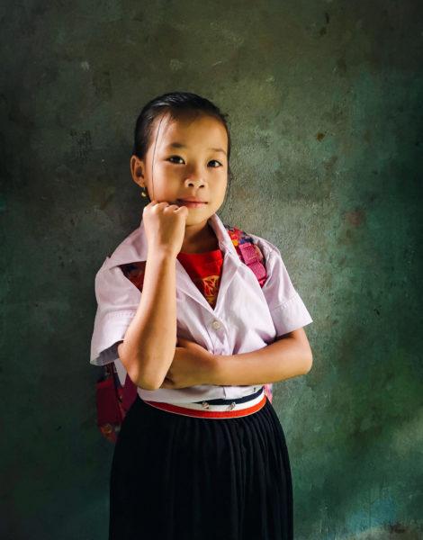 Dzieci Laosu. Niezwykłe miejsca w Laosie. Nieturystyczne miejsca w Laosie. Nong Khiaw