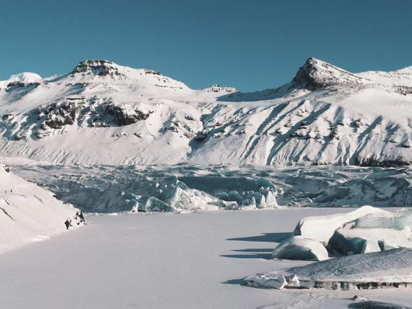 Język lodowca Fjallsarlon - czoło lodowca Vatnajökull. Najpiękniejsze miejsca Islandii - błękitny lodowiec