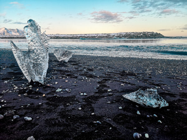 Diamentowa Plaża na Islandii. Diamond Beach Iceland. Najpiękniejsze plaże świata