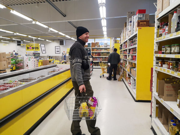 Zakupy na Islandii. Bonus -najlepszy supermarket na Islandii. Co zjeść na Islandii?