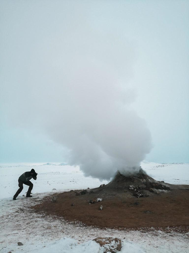 Obszar geotermalny Hverir - bulgoczące wyziewy ziemi. Najlepsze atrakcje Islandii