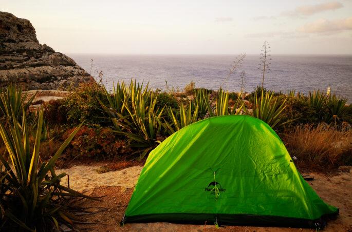 spanie na dziko na Malcie. Gdzie spać na Malcie?